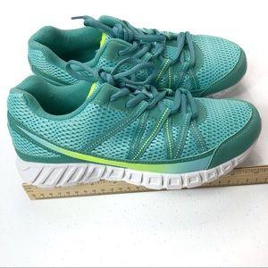 Fila Shoes | New Green Size 6 35 | Poshmark